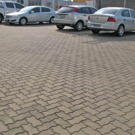 paver-unistein-padrao-premoldados-estacionamento